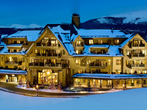 Exterior view of Crystal Peak Lodge.