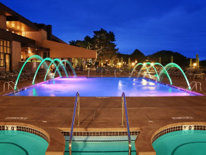 Outdoor pool at Holiday Inn Club Vacations Lake Geneva Resort.