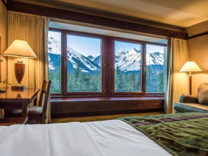 Guest room at Alyeska Resort.