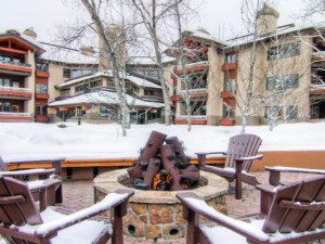 Fire Pit at Trappeur's Crossing Resort