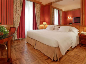 Guest room at Grand Hotel Sitea.