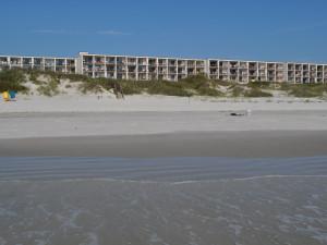 Exterior View of Beacher's Lodge Oceanfront Suites