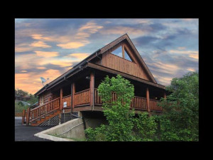 Cabin exterior at Eden Crest Vacation Rentals, Inc. - Amazing Grace.