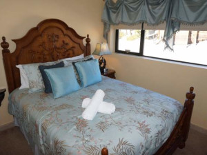Vacation rental bedroom at JetLiving.