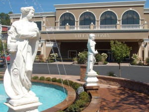 Resort with fountain view at Villa Roma Resort.