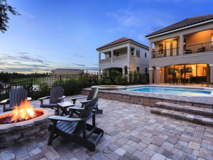 Rental fire pit and pool at Vacome.