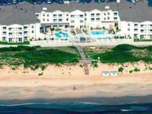 Exterior view of Hampton Inn & Suites Outer Banks/Corolla.