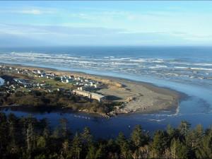 Aerial view of Hi-Tide Ocean Beach Resort.