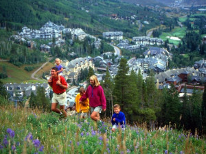 Family hiking at SkyRun Vacation Rentals - Beaver Creek.