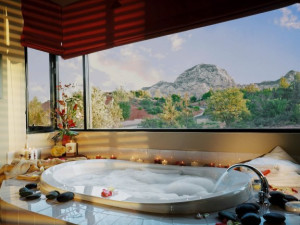 Guest bathroom at Sedona Rouge Hotel.