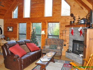 Rental living room at Enchanted Mountain Retreats, Inc.