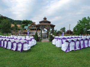 Wedding at Smoke Hole Caverns & Log Cabin Resort.