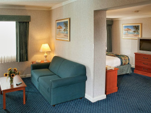 Guest room at Best Western PLUS Oceanfront Virginia Beach.