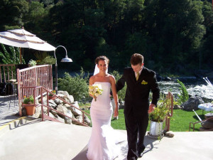 Wedding couple at Strawhouse Resorts.