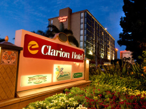 Exterior view of Clarion-Anaheim Resort.