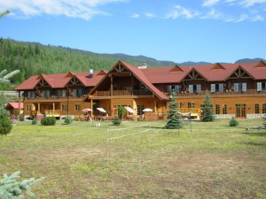 Exterior view of resort at Glacier House Hotel and Resort.