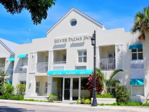 Exterior View of Silver Palms Inn