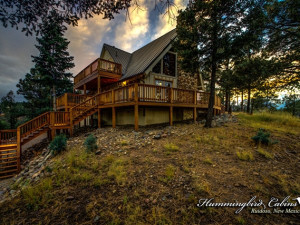Exterior view of Hummingbird Cabins - Holly House Vacation Rental