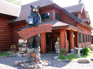 Lodge exterior at Big Bear Lodge and Cabins.