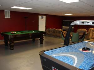 Game room at Saddleback Lodge.