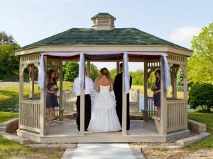 Wedding in the gazebo at Creekside Resort.