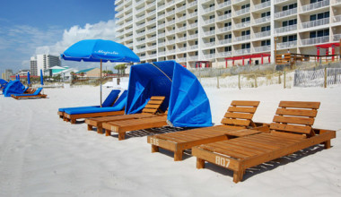 Beach chairs at Schulstadt Rentals.