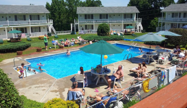 Outdoor pool at Gavin's Irish Country Inn