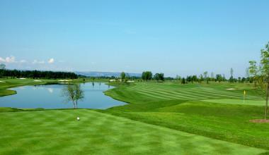 Onsite Golfing at Turning Stone Resort Casino