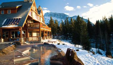 Exterior winter view of Hidden Ridge Resort.