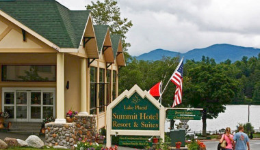 Exterior view of Lake Placid Summit Hotel Resort Suites.