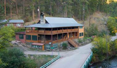 Exterior view of Hisega Lodge