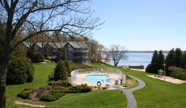 Outside pool view at Bay Shore Inn.
