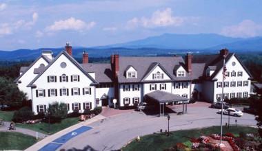 Exterior view of Essex Resort & Spa.