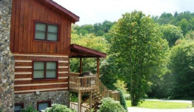Exterior of Cabin at Foscoe Rentals