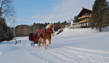 Sleigh rides at Stowehof Inn & Resort.