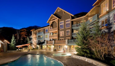 Outdoor pool at Legends Whistler.