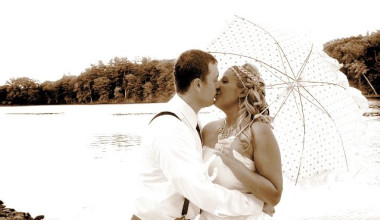 Wedding couple at Cove Haven Entertainment Resorts.