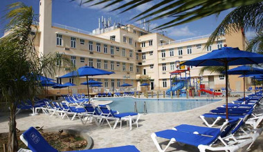 Outdoor pool at Courtyard by Marriott Aguadilla.