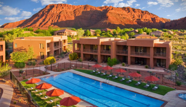 Exterior view of Red Mountain Resort & Spa.
