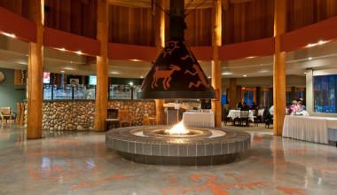Lobby at Talking Rock Resort.