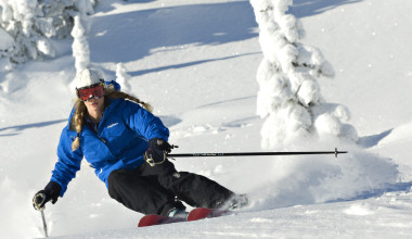Downhill skiing at Cahilty Lodge.