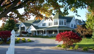 Exterior view of Pheasant Park Resort.