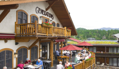 Generations Restaurant at Golden Arrow Lakeside Resort