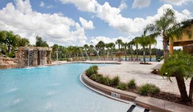 Outdoor pool at Vista Vacation Rentals.
