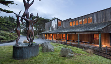 Exterior View of Sea Ranch Lodge