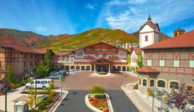 Exterior view of Zermatt Resort.