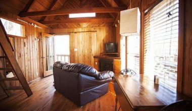 Cabin living room at Red River Gorge Cabin Company.