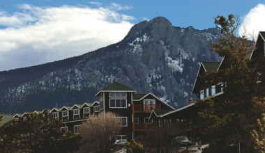 Exterior view of Marys Lake Vacation Condos.