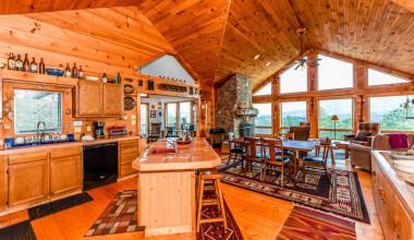 Rental great room at Dogwood Cabins LLC.