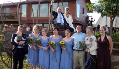 The wedding party at K3 Guest Ranch.